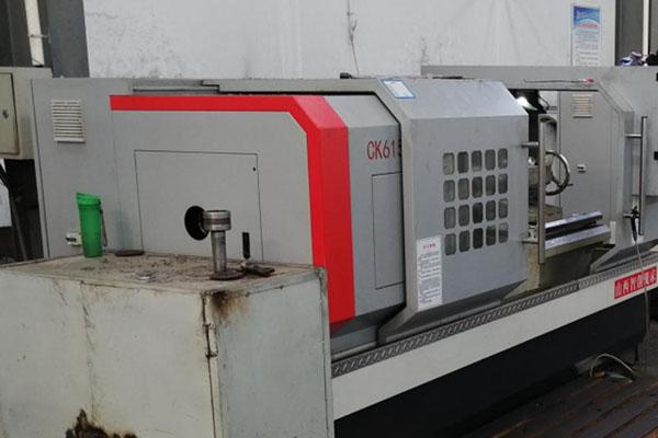 7-CNC milling machine1